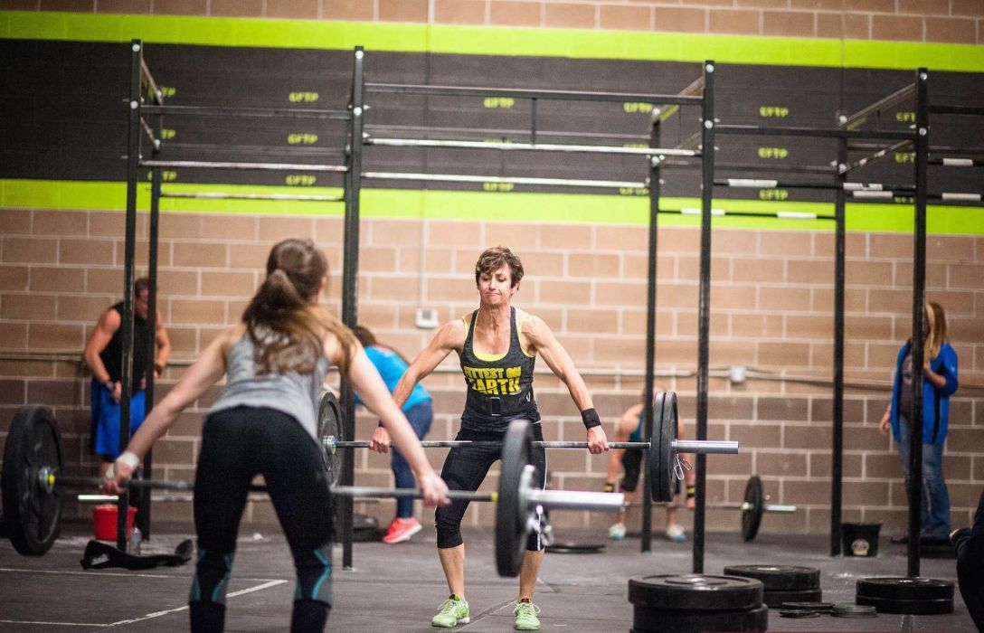 SPORTS - girl women blonde crossfit exercise training weightlifting wallpaper
