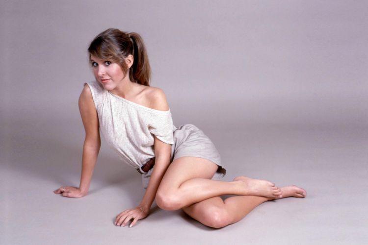 Carrie Fisher women girls brunette legs sittig wallpaper