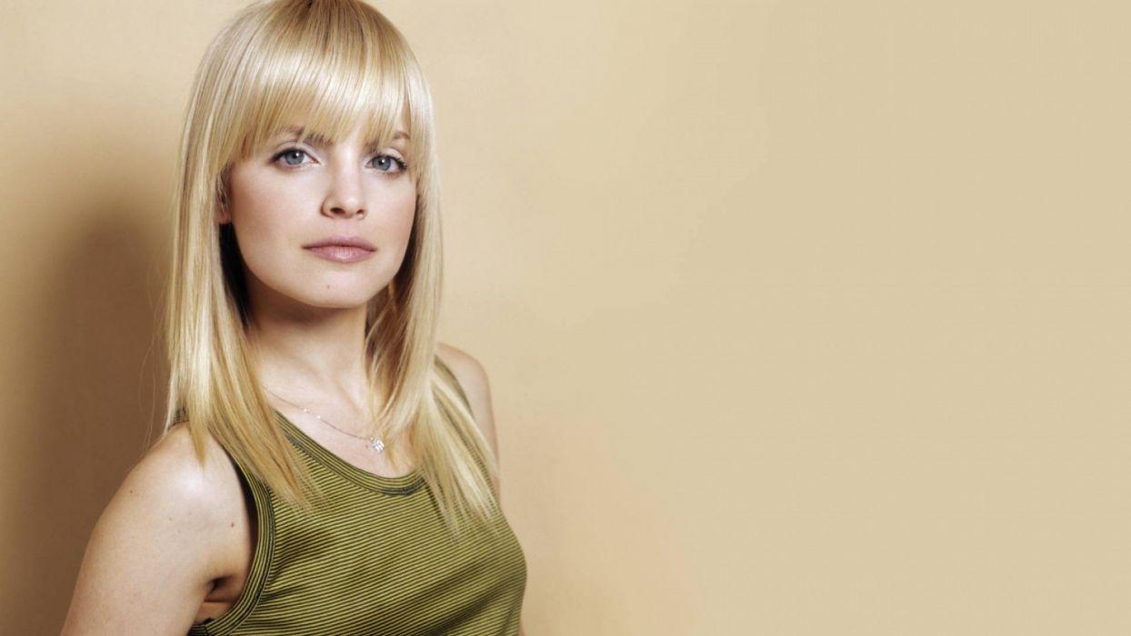 FACES - Mena Suvari women girls blonde wallpaper
