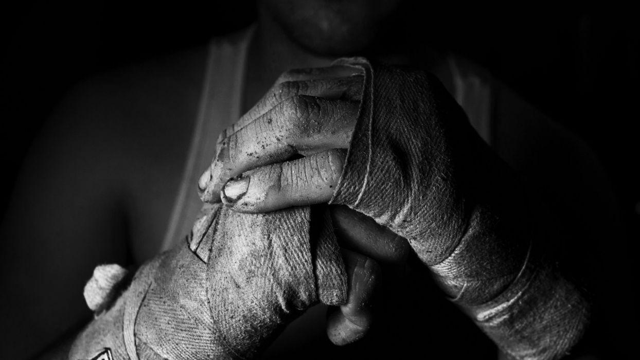 SPORTS - women girls boxing training black white wallpaper