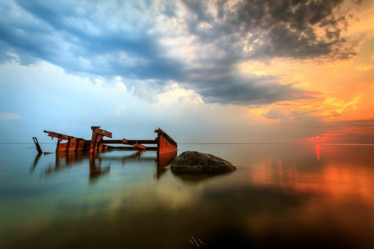 sea surface sunset sky dawn kament old pier ruins ocean reflection wallpaper