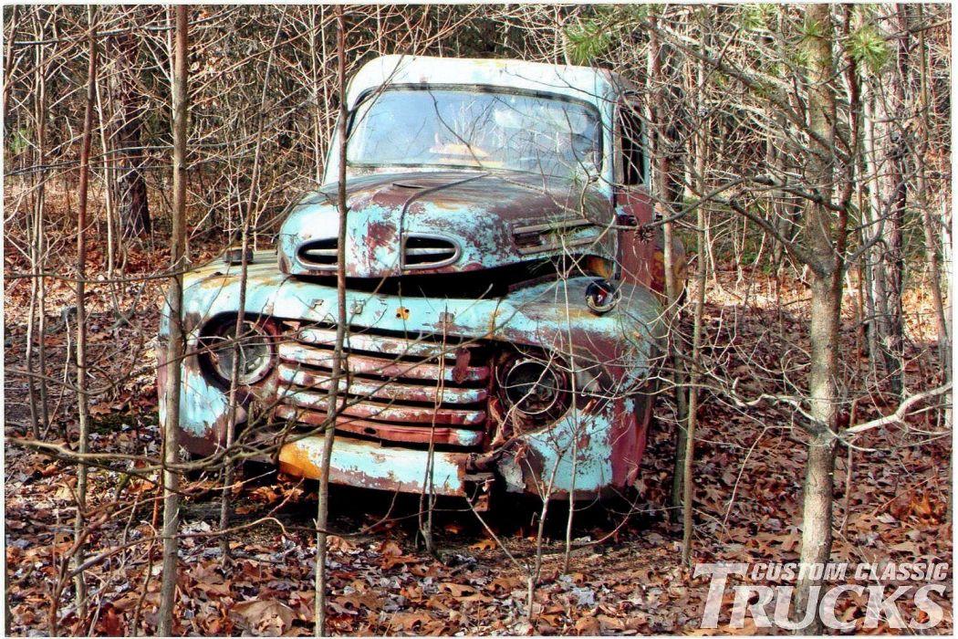 1950 Ford F-1 Pickup Junkyard Rust USA -01 wallpaper