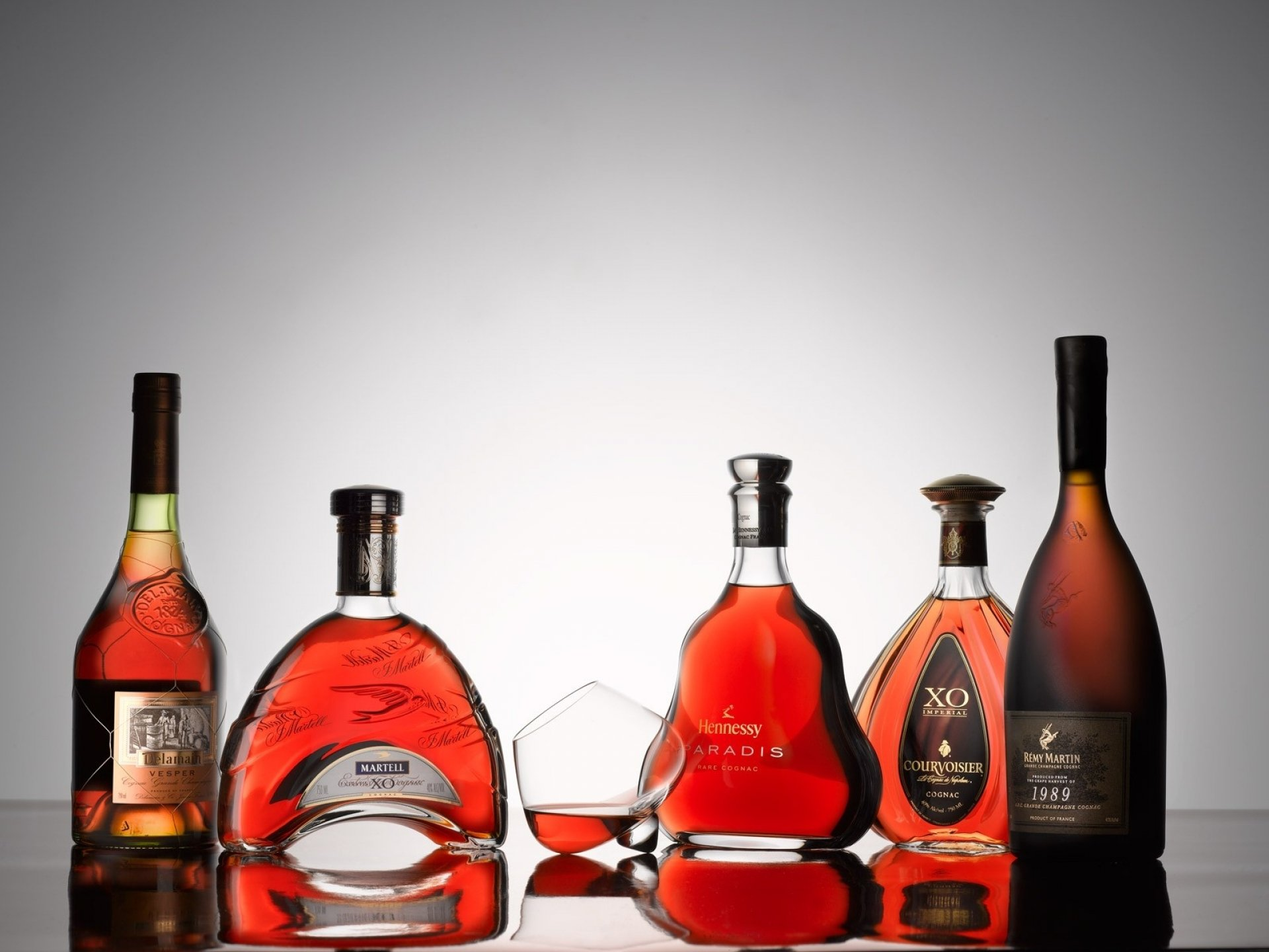 liquor bottles wallpaper - photo #6