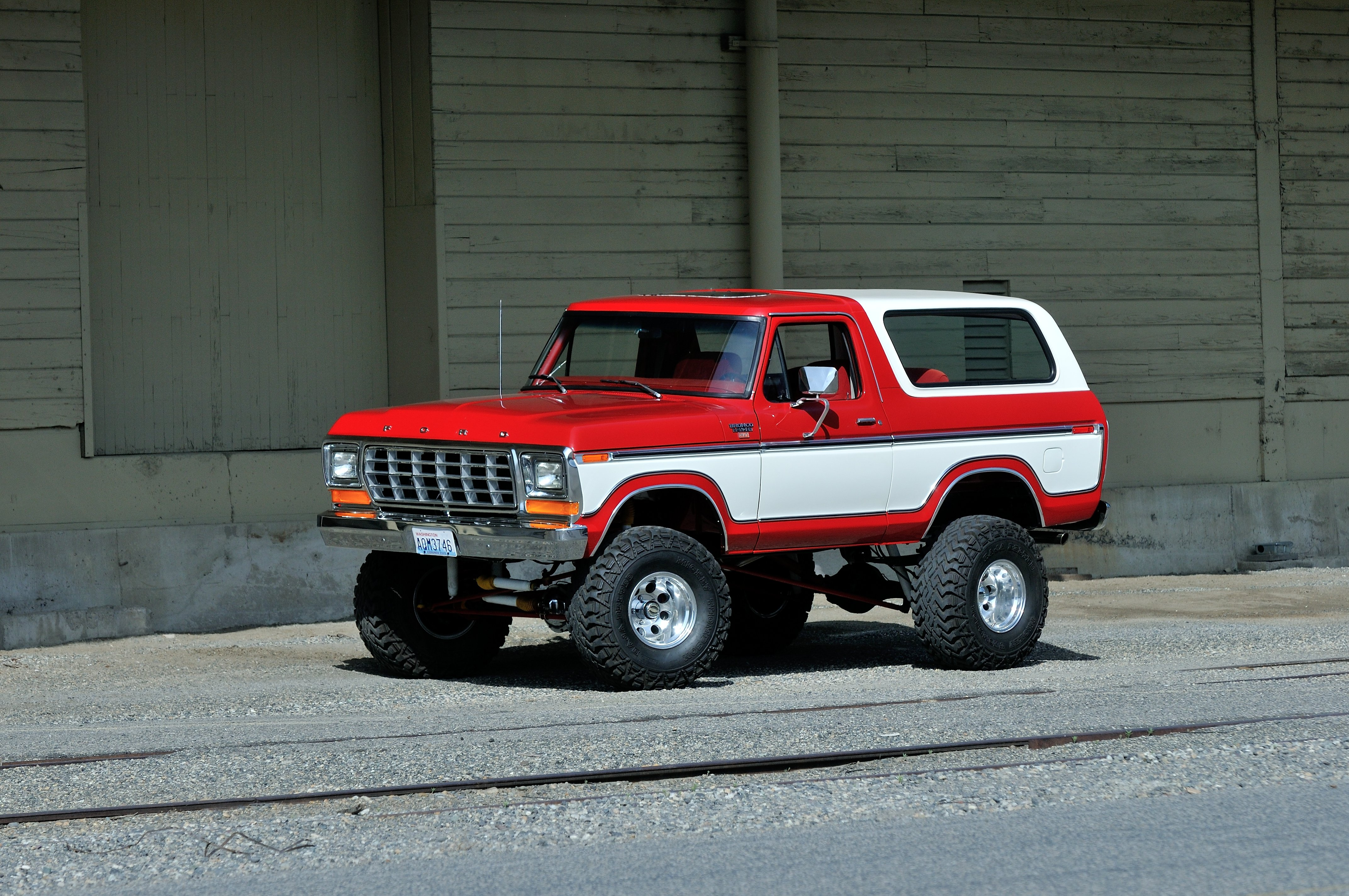 1979 Ford Bronco Off Road Four Wheel Drive USA -01 wallpaper ...