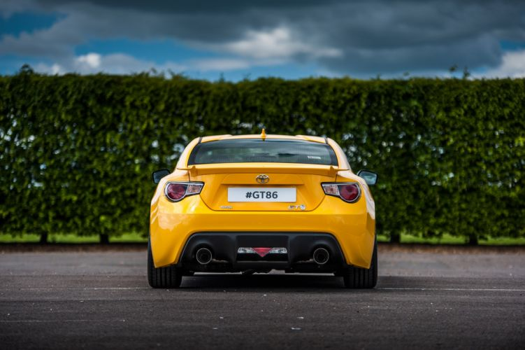 2015 Toyota GT86 classic liveries coupe cars wallpaper