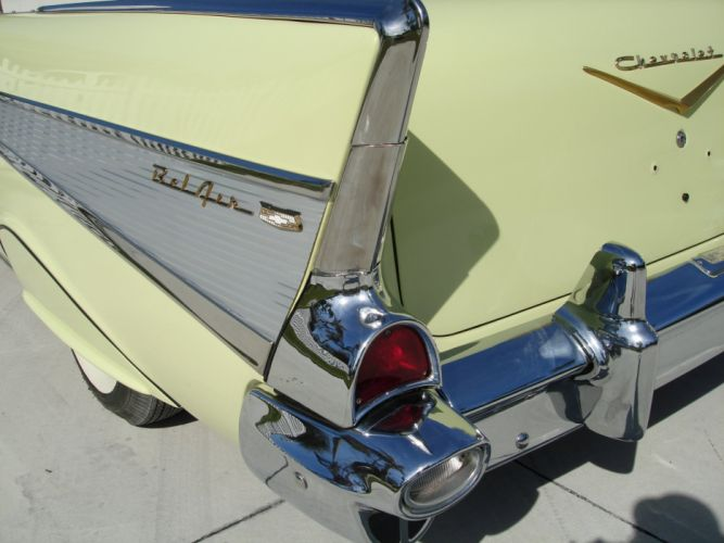 1957 Chevrolet Bel Air Convertible retro d wallpaper