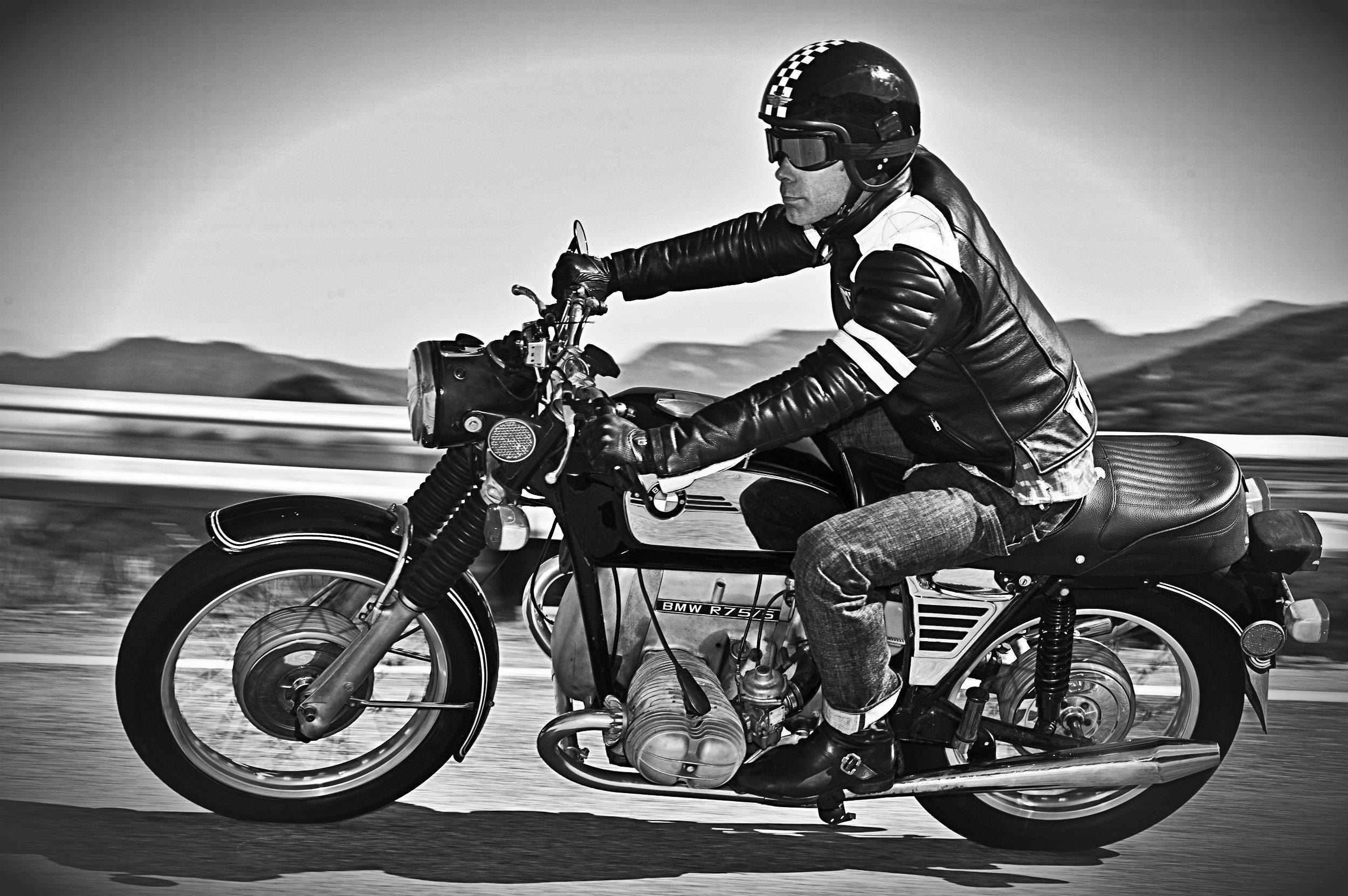 bmw vintage retro motorbike motorcycle bike classic wallpaper 2500x1663 712026 wallpaperup. Black Bedroom Furniture Sets. Home Design Ideas