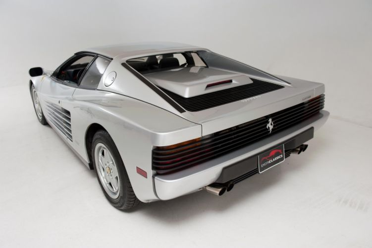 1988 Ferrari Testarossa Metallic Silver coupe cars wallpaper