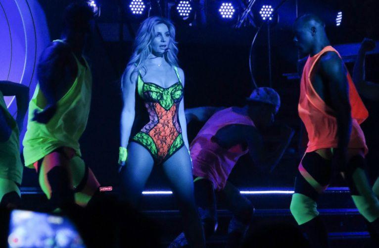 BRITNEY SPEARS singer pop dance electropop sexy babe blonde f wallpaper