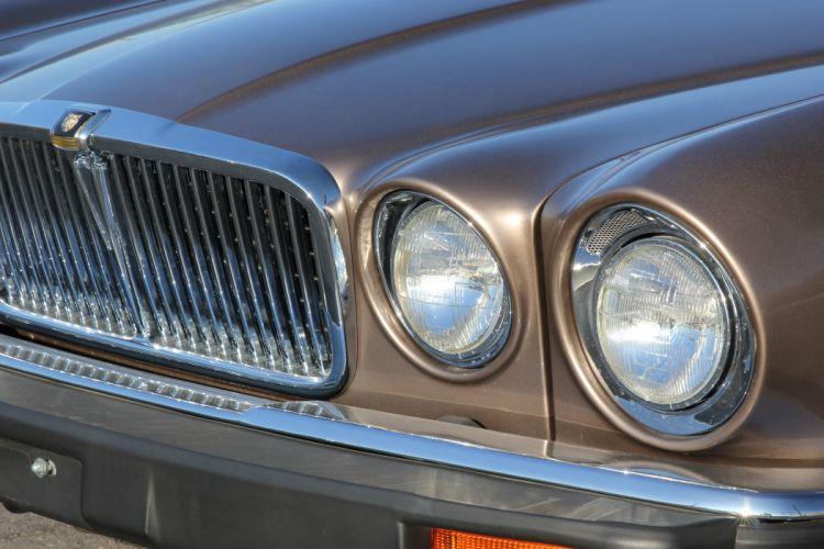 1986 Jaguar XJ12 Sedan Four Door Vanden Plas Classic Old Original UK -08 wallpaper