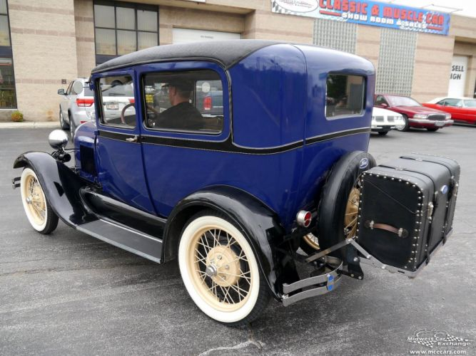 1928 Ford Model-A Tudor Sedan Two Door Classic Old Vintage Original USA -04 wallpaper