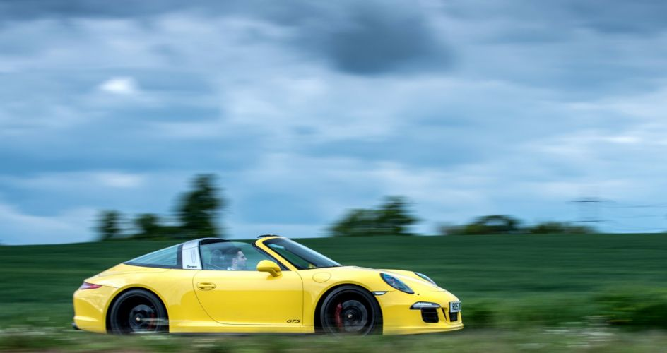 Porsche 911 Targa-4 GTS UK-spec 991 cars yellow 2015 wallpaper