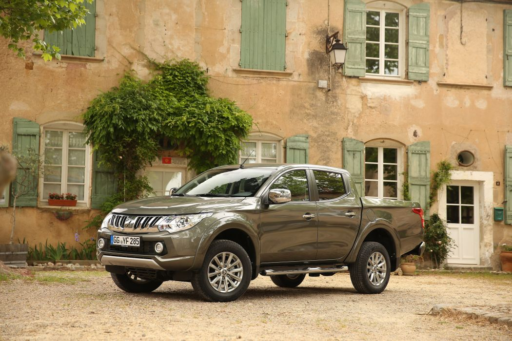 Mitsubishi L200 Double Cab pickup cars 4wd 4x4 2015 wallpaper