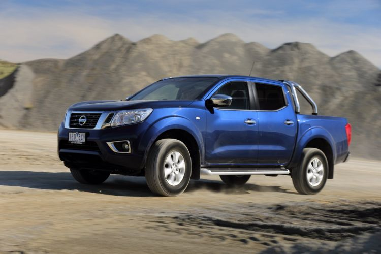 Mitsubishi L300 Double Cab pickup cars AU-spec 4wd 4x4 2015 wallpaper