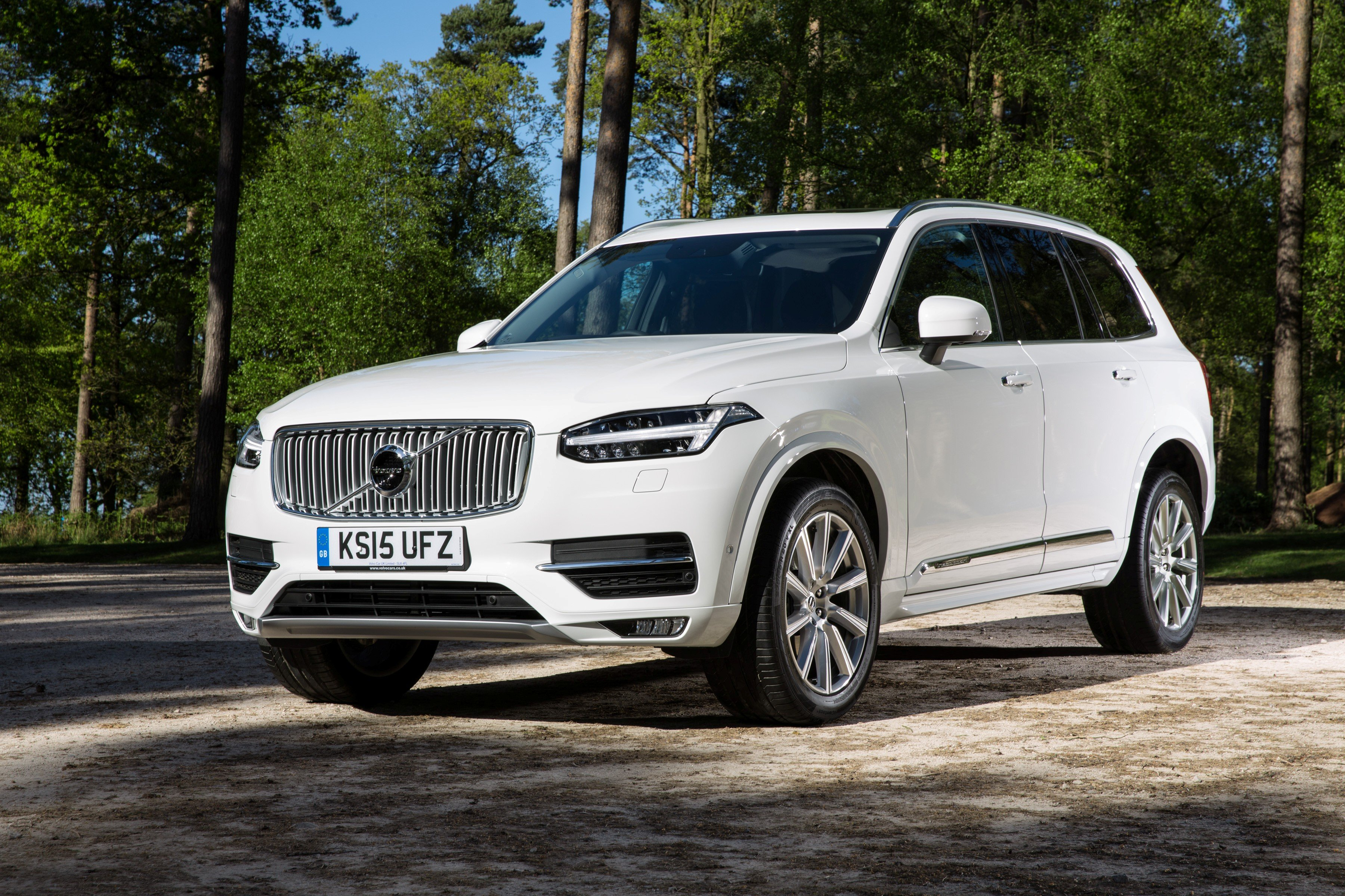 volvo xc90 d5 inscription uk spec 2015 cars suv white wallpaper 3600x2400 718052 wallpaperup. Black Bedroom Furniture Sets. Home Design Ideas