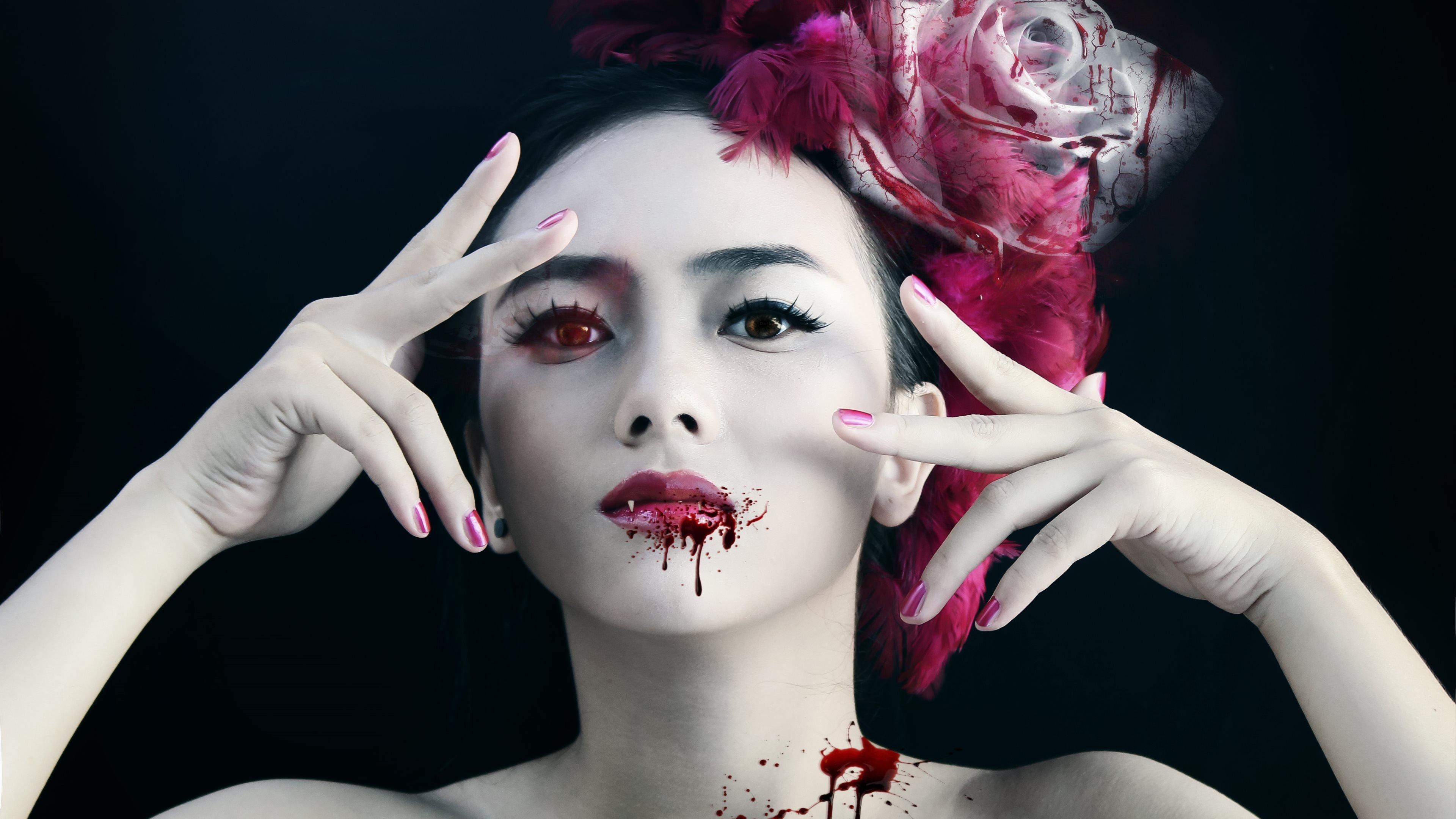 Vampire girl sexual scene