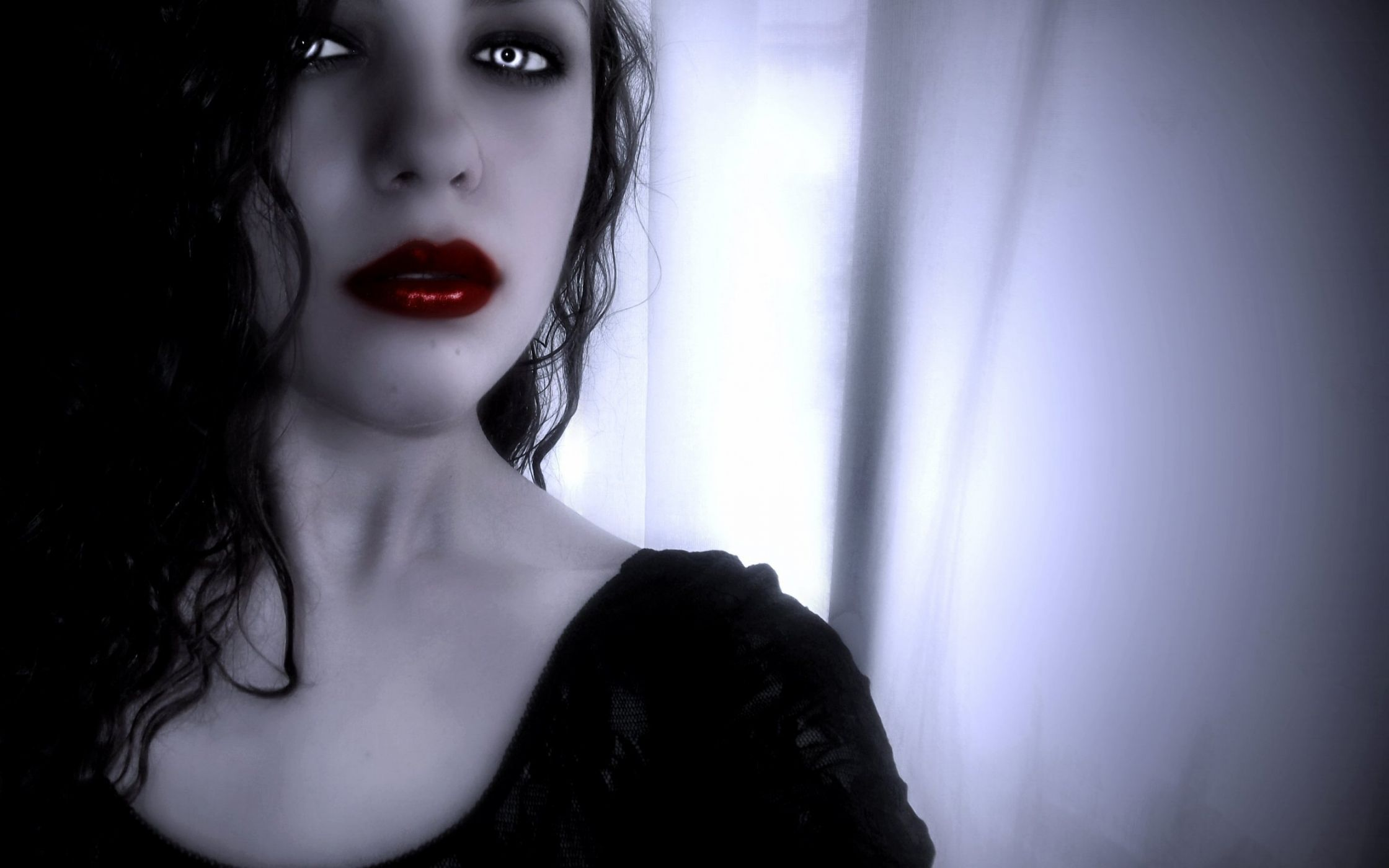 День матери, картинки вампирши