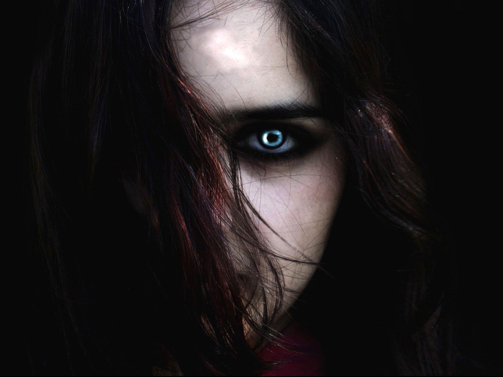 scary vampire wallpaper - photo #24