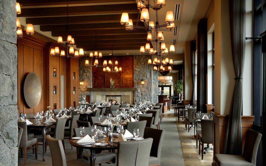 restaurante mesas lamparas cubiertas cortinas wallpaper