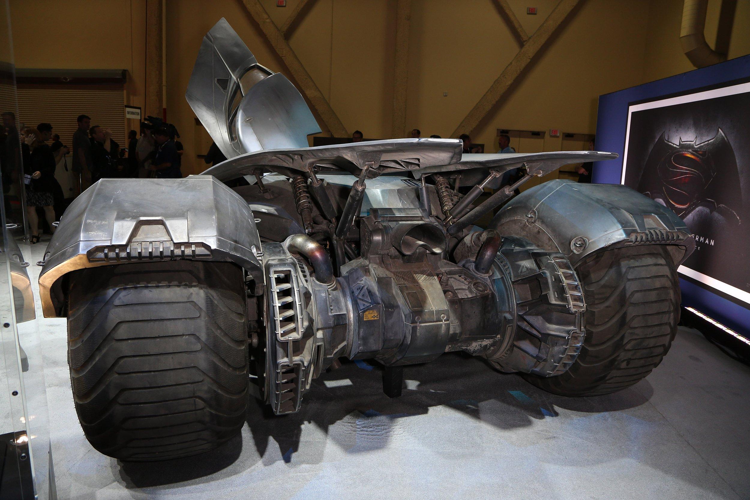Batman v Superman: Dawn of the All-New Batmobile