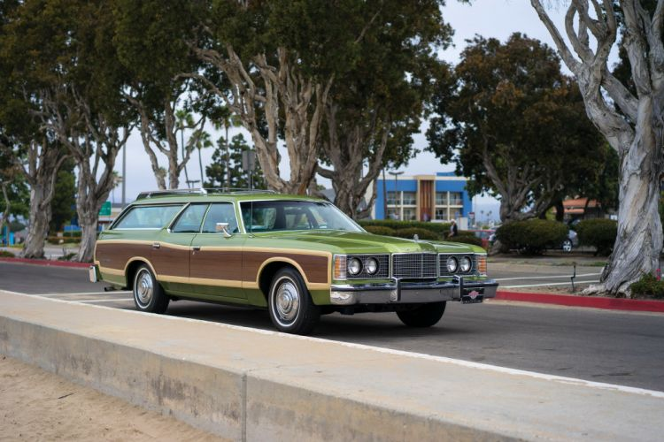 1974 Ford LTD Country Squire Station Wagon green cars classic wallpaper