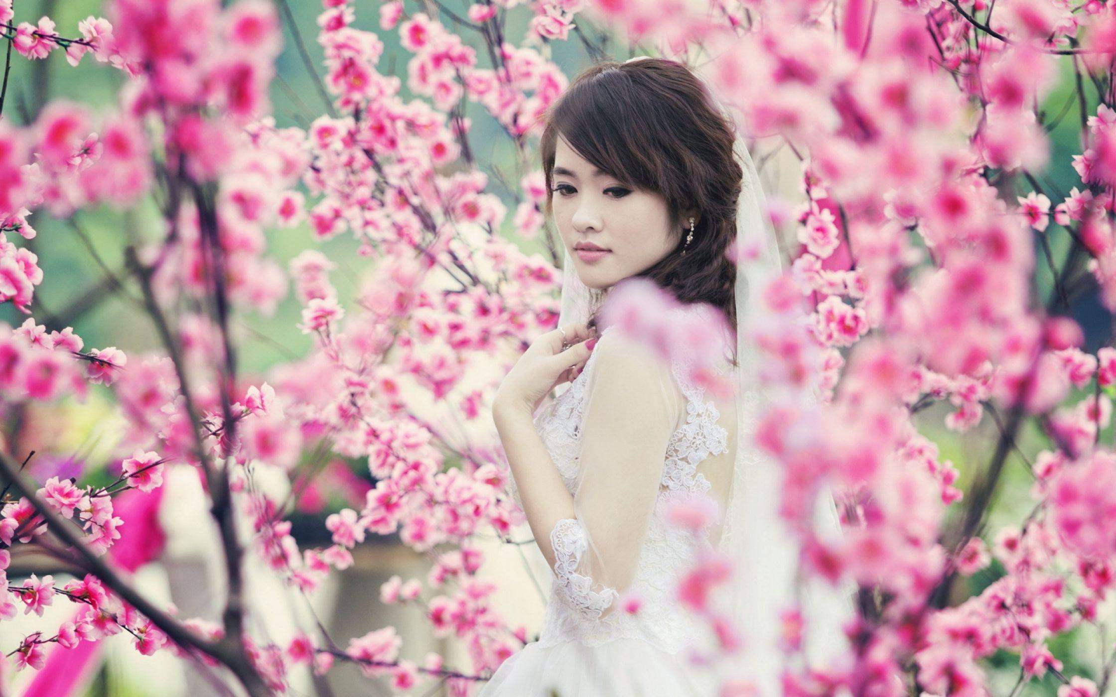 Фото китаянок красивых с цветами