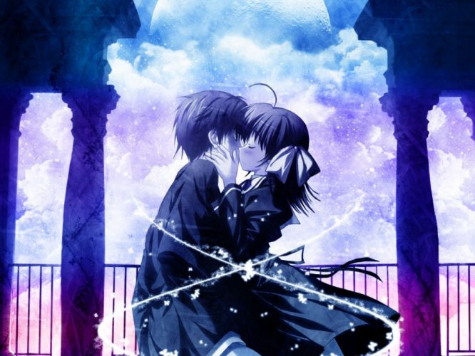 Couple kiss wallpaper