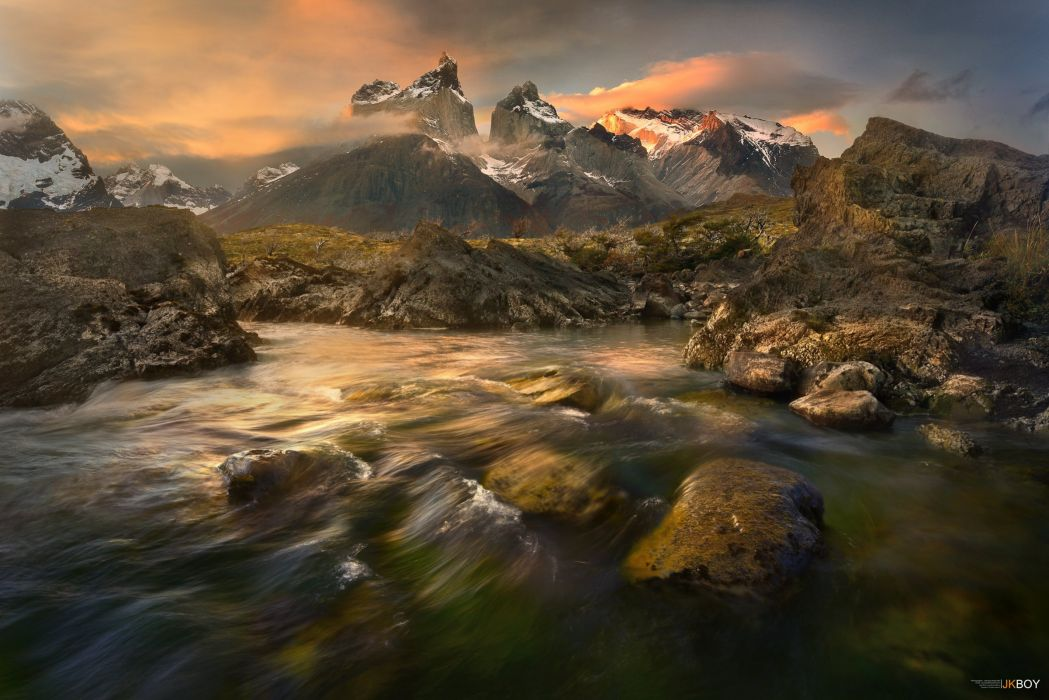 Los Cuernos Torres Del Paine Stream Mountain Patagonia Chile Torres Del Paine National Park river wallpaper