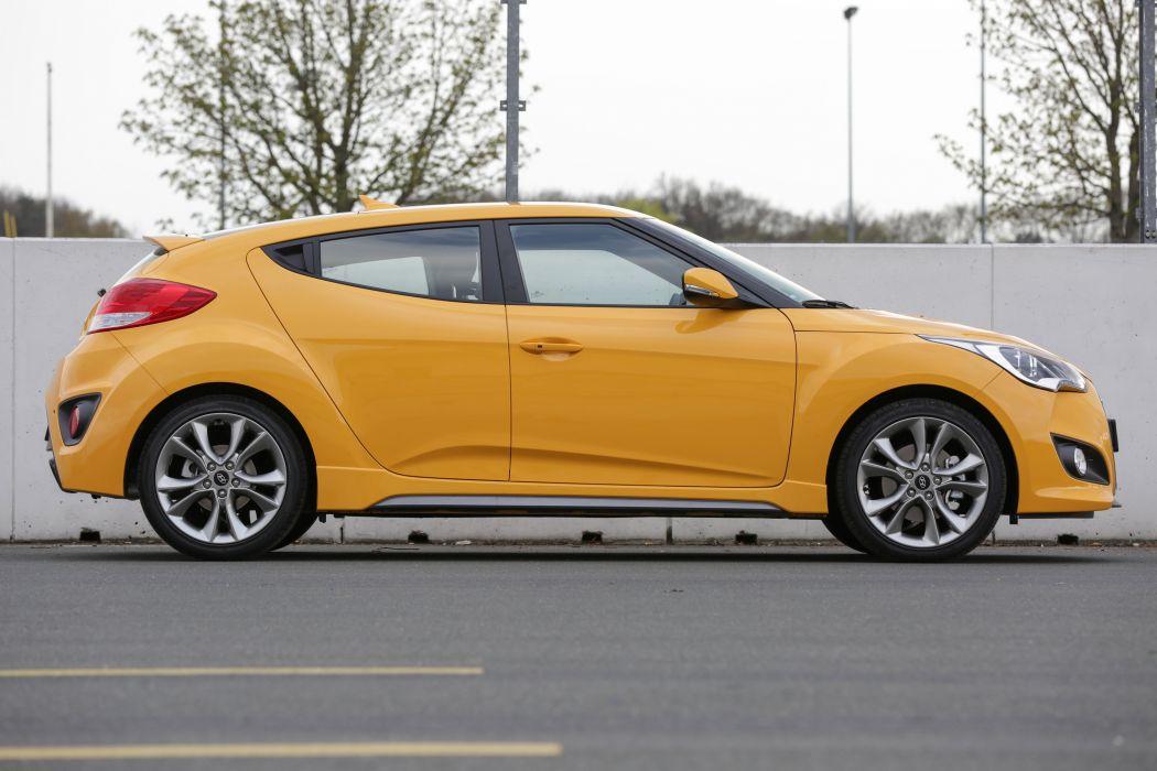 Hyundai Veloster Turbo car coupe yellow 2015 wallpaper | 4096x2731