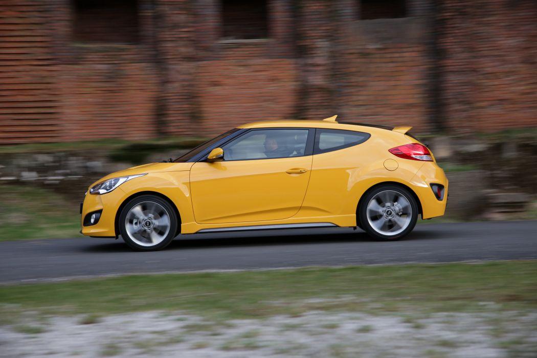 Hyundai Veloster Turbo car coupe yellow 2015 wallpaper