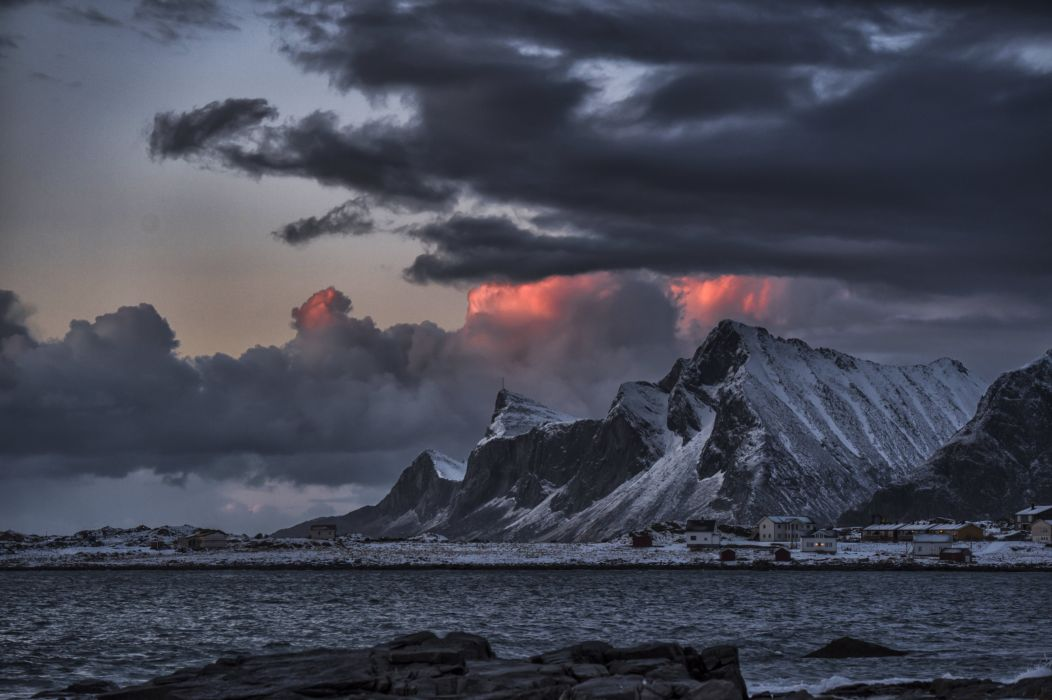 Gloomy Sky Cloud Mountain Village Seashore Sea Arctic Scandinavia Norway Lofoten Islands Jusneset wallpaper