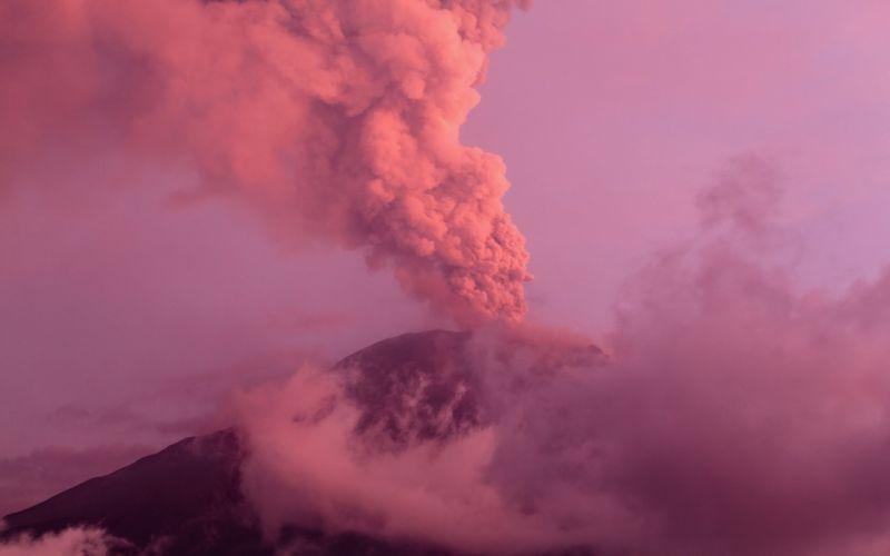 Stratovolcano Ash Cloud Eruption Volcano Ecuador Cordillera Oriental Tungurahua wallpaper