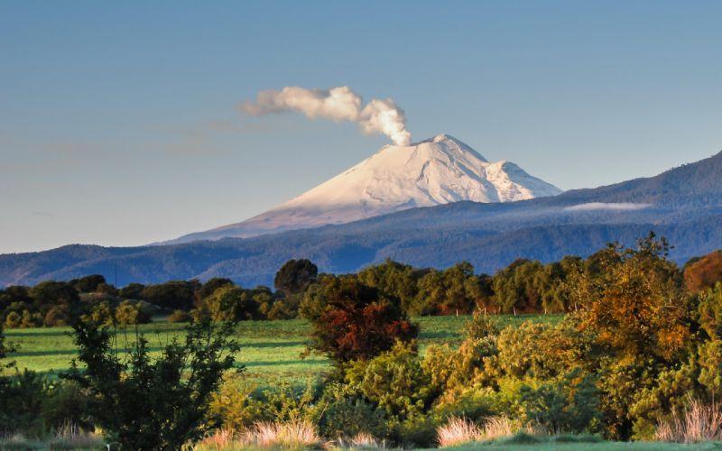 Stratovolcano Ash Cloud Eruption Volcano Ecuador Cordillera Oriental Tungurahua nature landscape mountain wallpaper