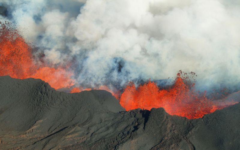 Crater Lava Ash Cloud Iceland Stratovolcano Volcano Bardarbunga lava wallpaper