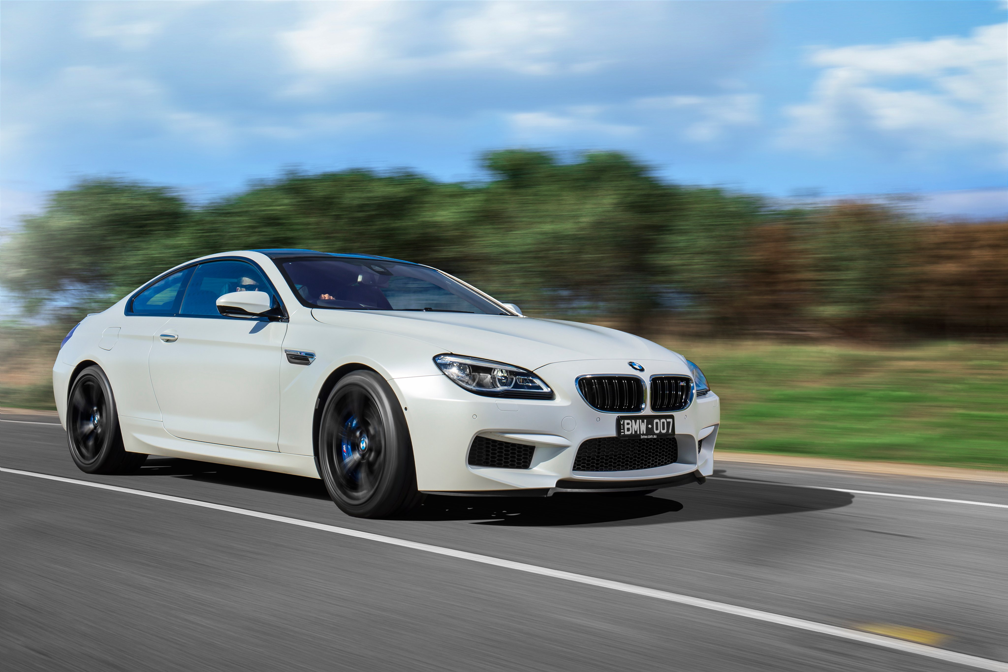 BMW-M6 Coupe Competition Package AU-spec F13 cars white ...