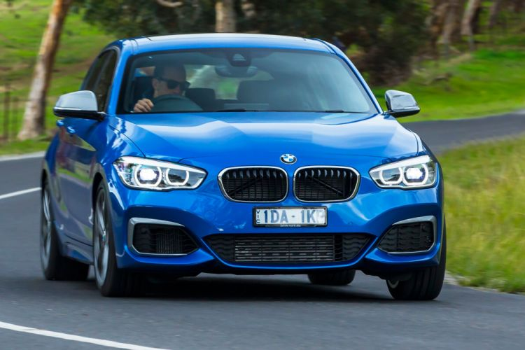 BMW M135i 5-door AU-spec F20 cars blue 2015 wallpaper