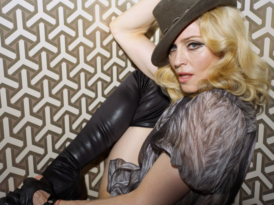 MADONNA singer actress pop dance electropop sexy babe blonde wallpaper