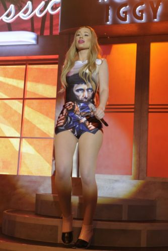 IGGY AZALEA hip hop electronic dance rap rapper sexy babe blonde pop wallpaper