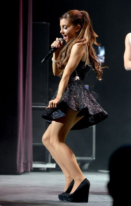 ARIANA GRANDE singer pop r-b actress brunette sexy babe wallpaper