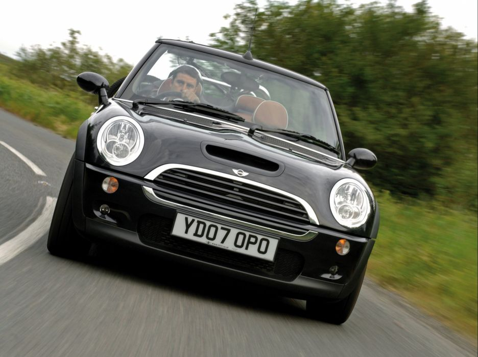 Mini Cooper-S Cabrio convertible Sidewalk UK-spec cars 2007 wallpaper