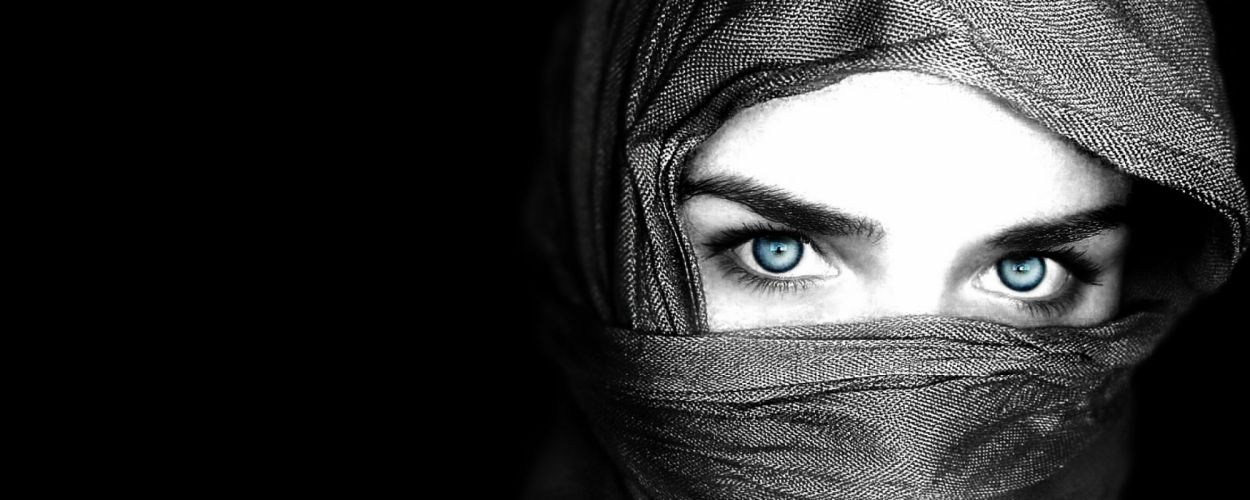 eye eyes face model models women female girl girls bokeh u wallpaper