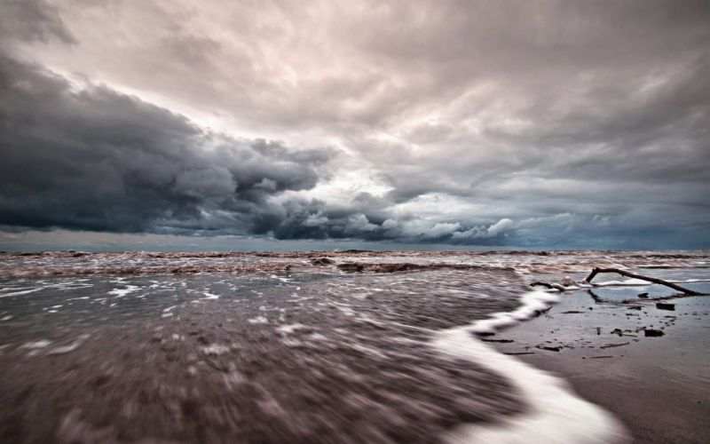Sea Wave Foam Sky Clouds Cloudy Gloomy Fragments Snags wallpaper