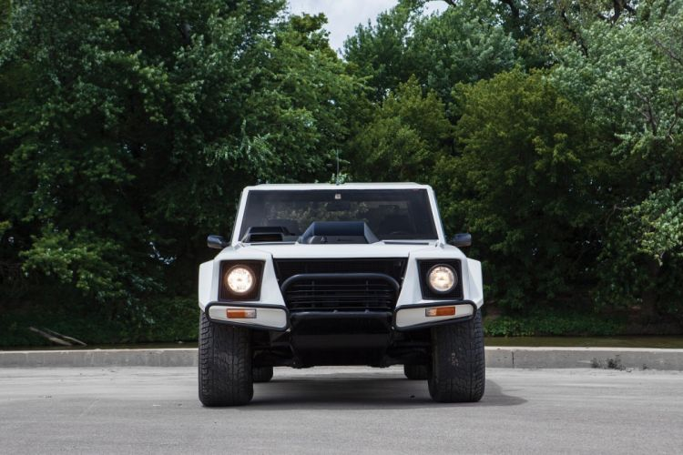 Lamborghini LM002 US-spec cars 4x4 1986 wallpaper
