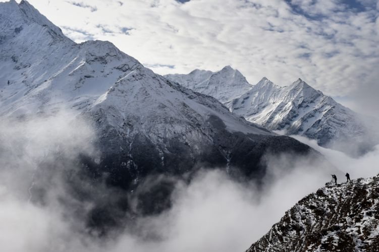 Nepal Earthquake Spark Avalanche Mountain wallpaper