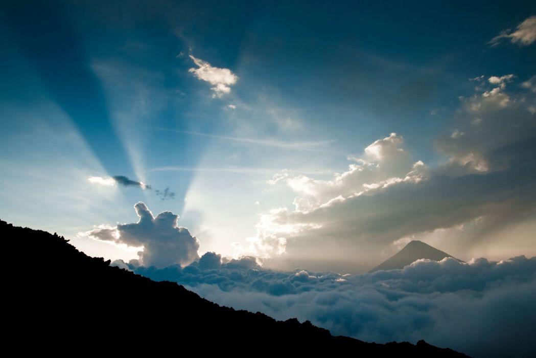 Height Clouds Sun Beams wallpaper