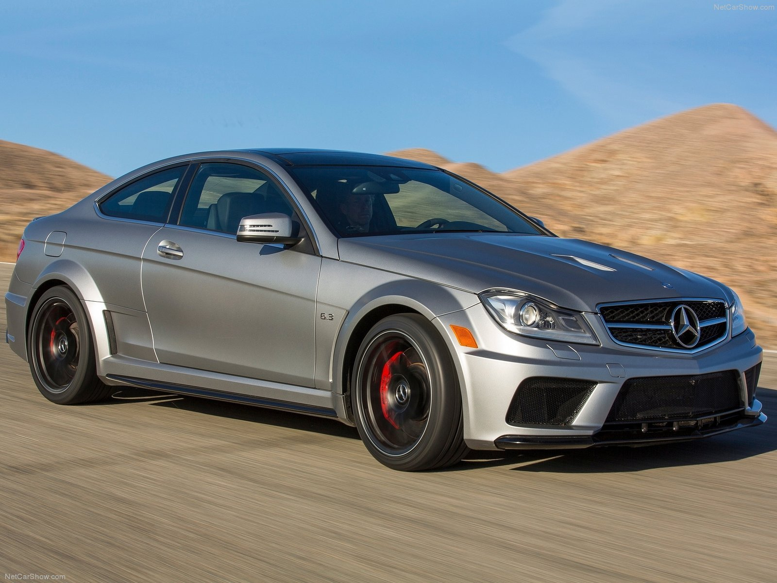 Mercedes benz c63 amg coupe black series cars 2012 for Mercedes benz c63 2012