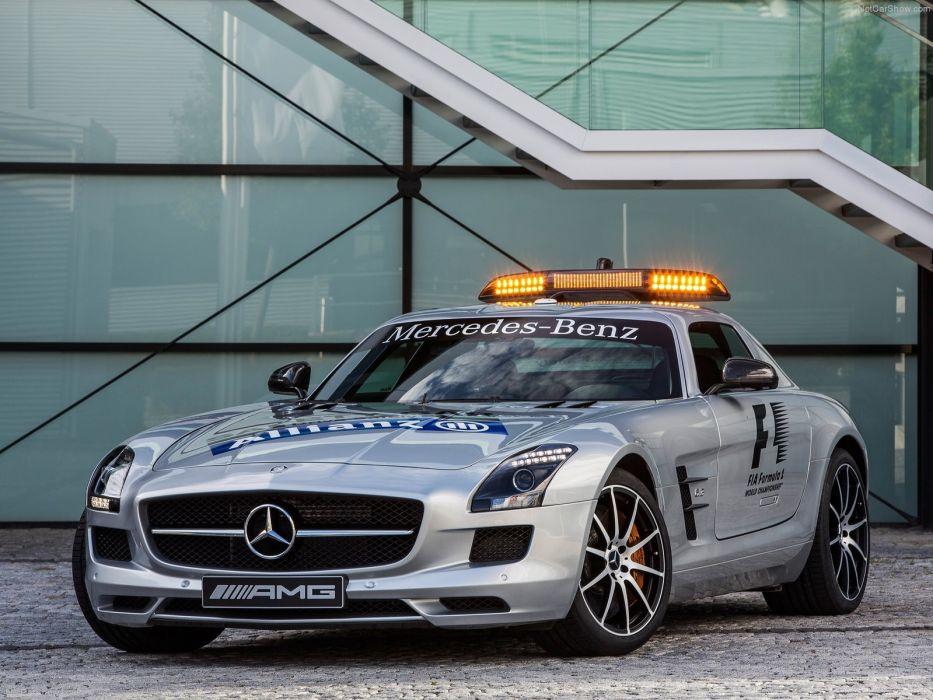 Mercedes-Benz SLS AMG-GT F1-Safety-Car 2013  wallpaper
