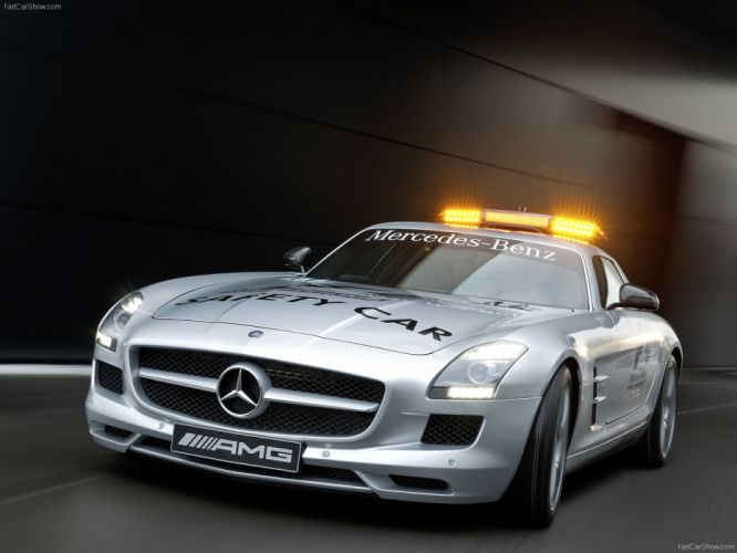 Mercedes-Benz SLS AMG F1-Safety-Car 2011 wallpaper