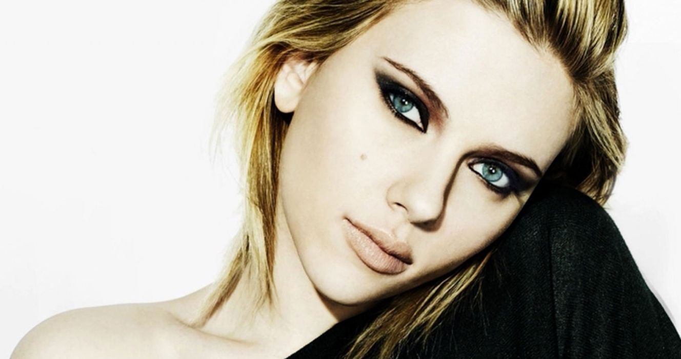 Scarlett johansson Girl Look Make-up beautiful wallpaper