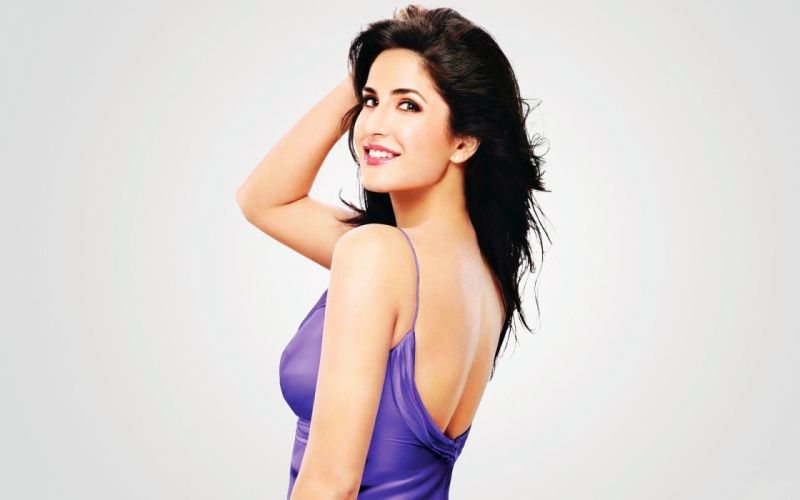 Katrina kaif Smile Dress wallpaper
